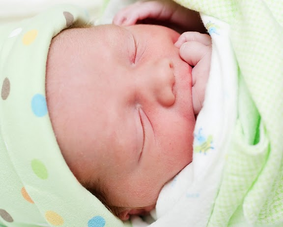 embirth_05_16_09-337